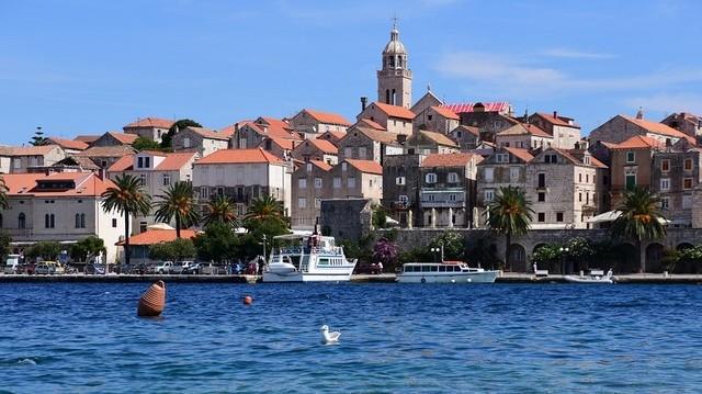 Melyik horvát nyaralóhelyen készült ez a kép?