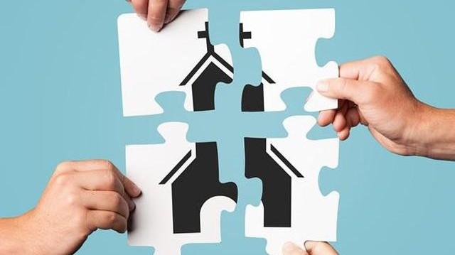 Mit jelent az egyház szóban az összetétel első tagja?