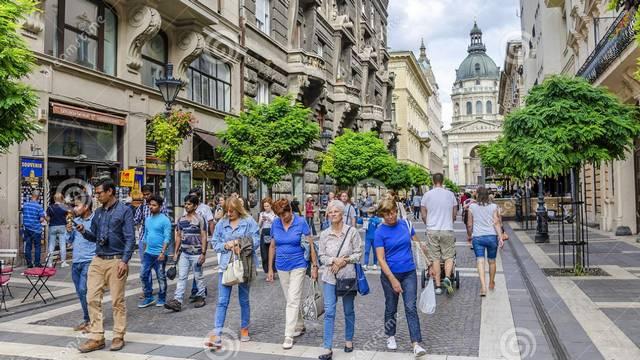 2019-ben melyik volt a leglátogatottabb vidéki város az alábbiak közül Magyarországon?
