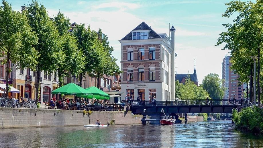 Melyik országban található Groningen?