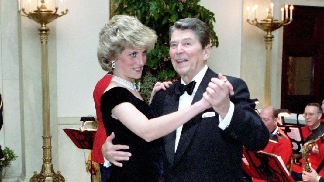 Kivel táncolt 1985 novemberében a Fehér Házban Diana, walesi hercegné?