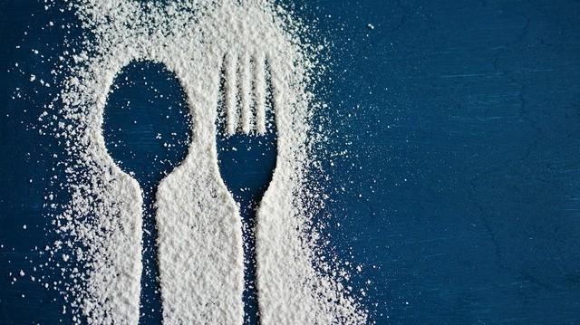 Konyhai mértékegység: 1 evőkanál liszt, hány dkg?
