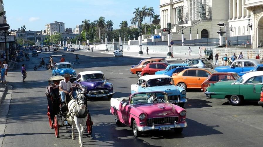 Melyik ország gyarmata volt majd 400 évig Kuba?