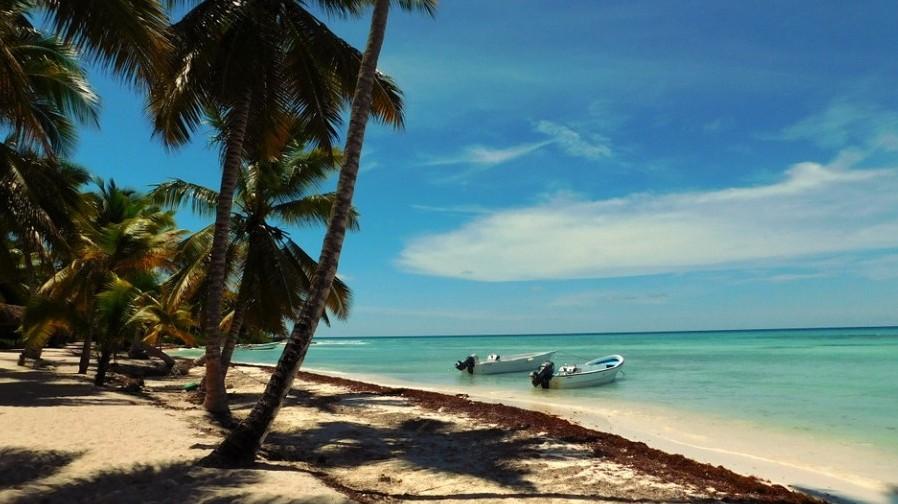 Az Atlanti-óceán és a Mexikói-öböl között található .…